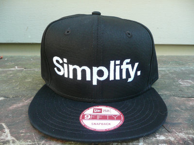 "New Era ""Simplify"" Snapback Hat - Unisex main photo"