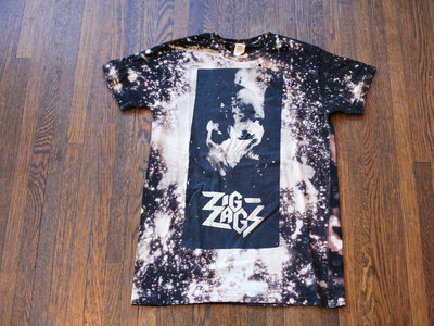"Zig Zags ""PCP T-shirt"" (Bleached) main photo"