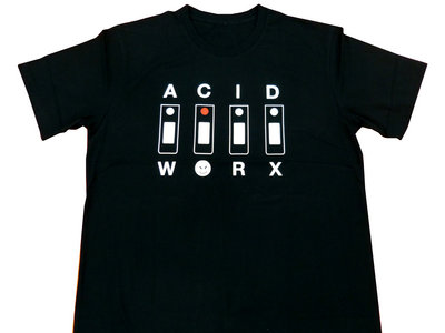 "AcidWorx 303 Design T-Shirt Black + ""FREE"" Sticker main photo"