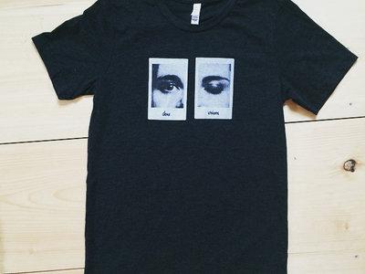 Deux Visions T-shirt main photo