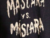 Máscara vs. Máscara T-Shirt photo
