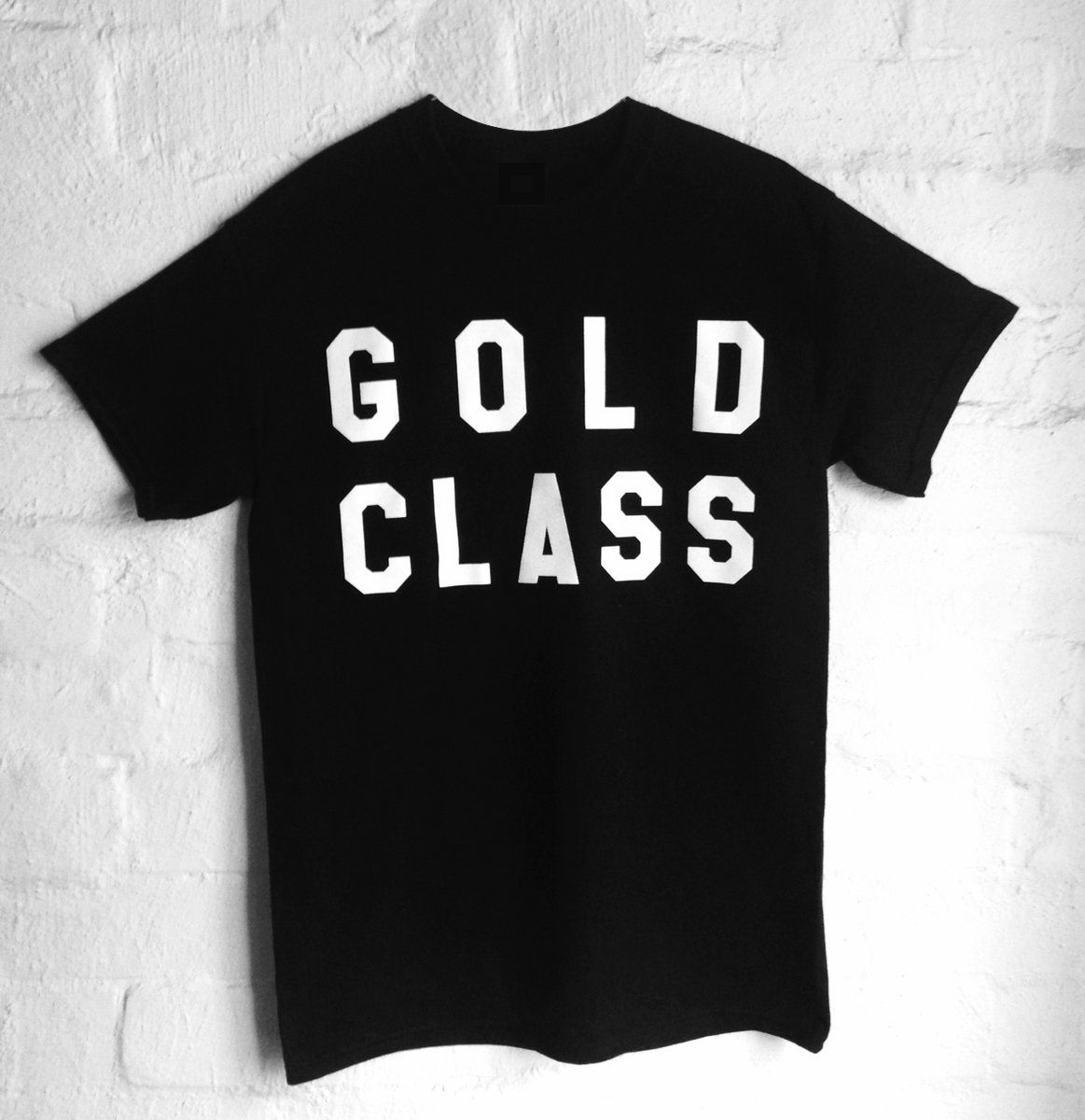 Design t shirt class - Black Letter Design T Shirt Main Photo