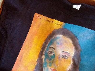 Égoportrait T-shirt main photo