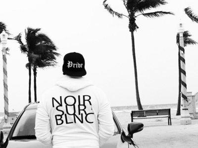 ✖ Privé Apparel ✖ #NoirSurBlnc zip down Hoody main photo