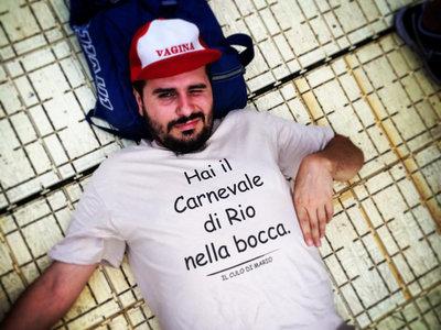 """""""Hai il Carnevale di Rio nella bocca"""" T-shirt main photo"""