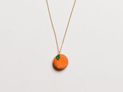 'I'm an Orange' - Pendant + necklace main photo