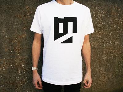 T-Shirt + Stickers main photo