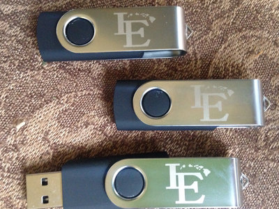 Custom 4GB Love Eternal flash drive with the album preloaded! main photo