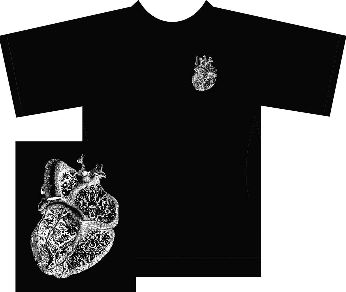 Heart design t shirt - Heart Design T Shirt With Wolf Main Photo