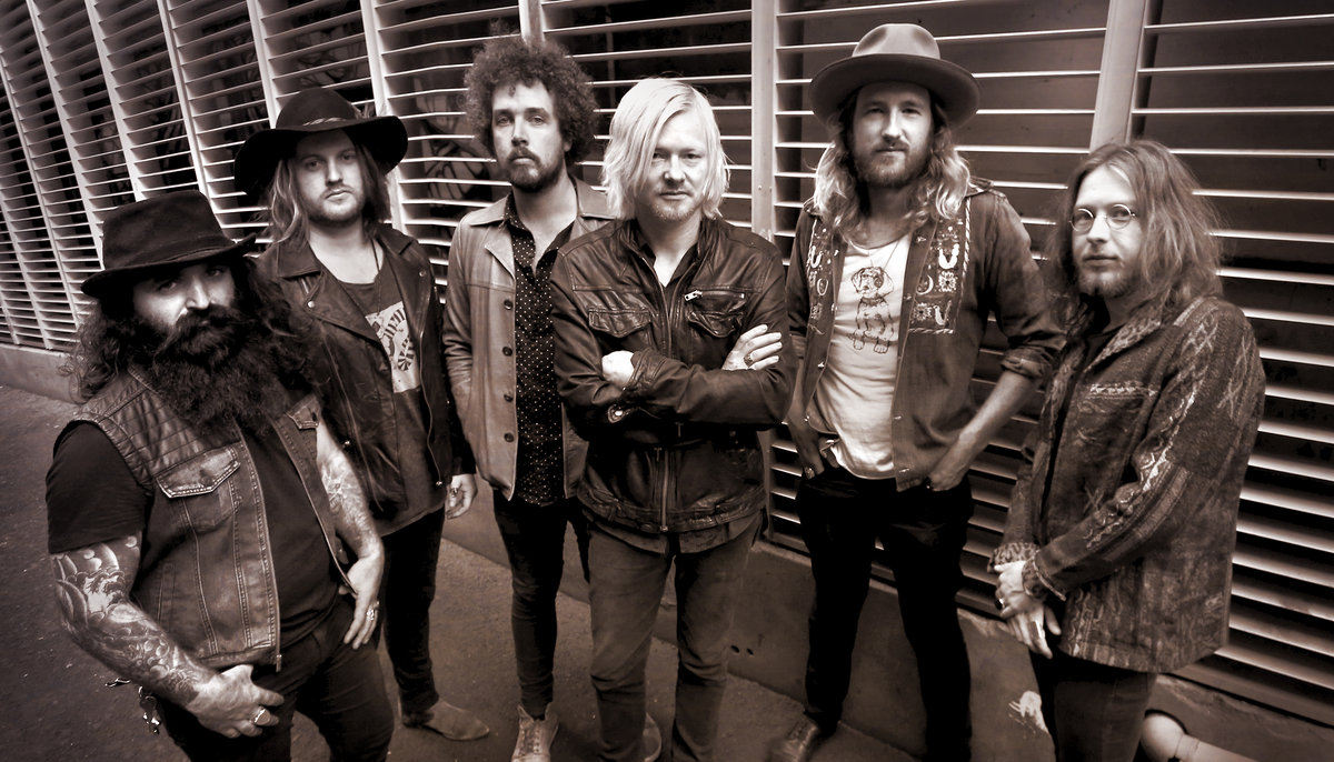 Live Wires: Live At PBS Radio | Palace Of The King