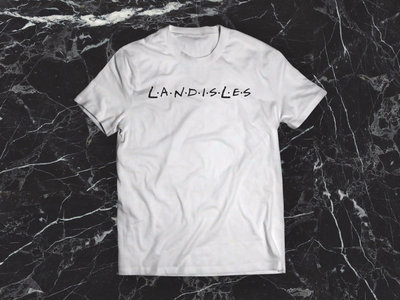 "LANDISLES ""FRIENDISLES"" TEE main photo"