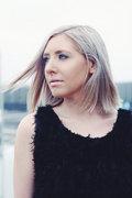 Sarah Stone image