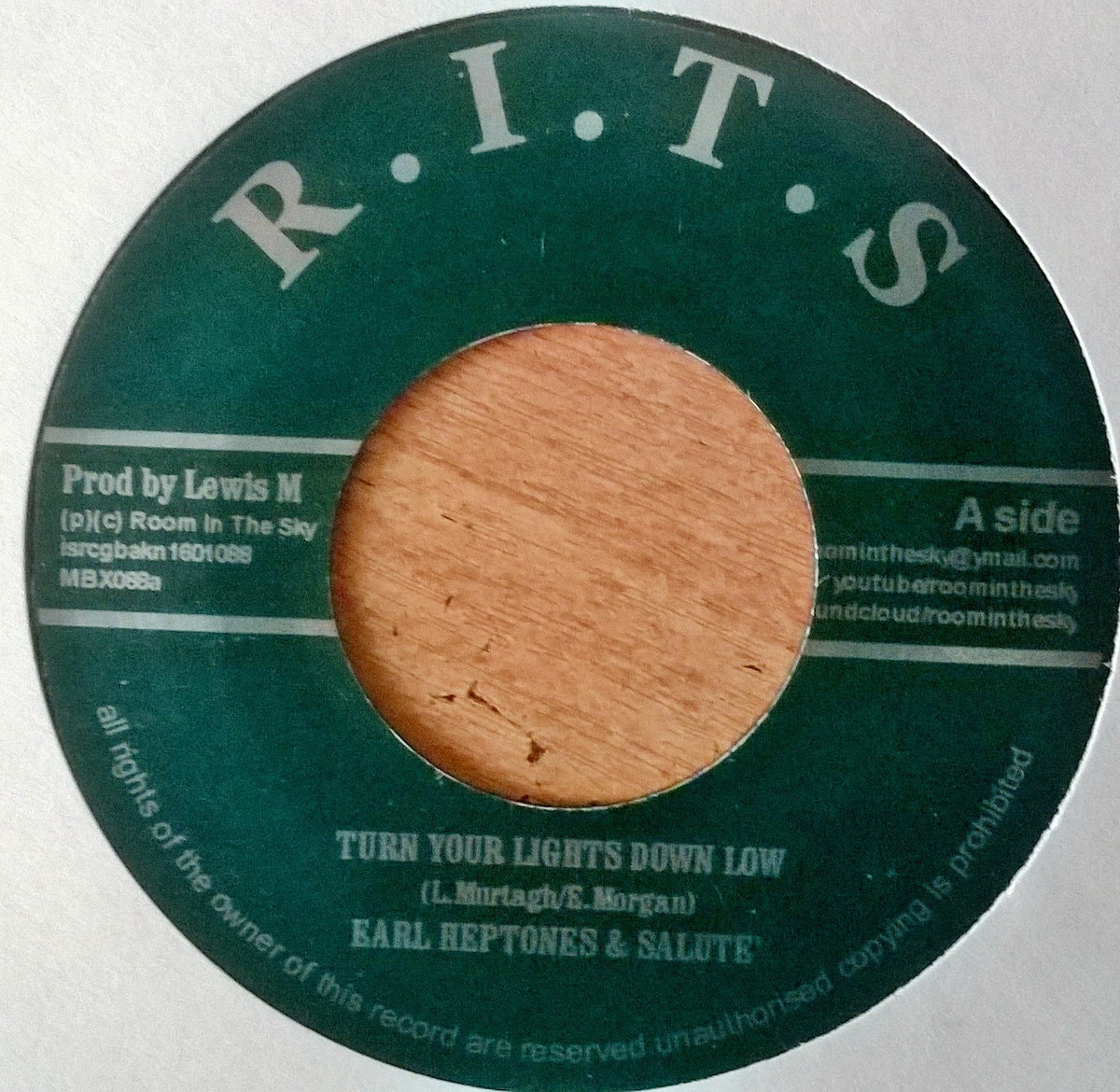earl heptones turn your lights down low / saluteu0027 the smoking riddim & alton ellis history recalled | Room In The Sky