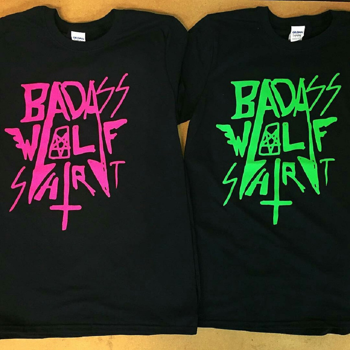 Black t shirt with neon letters - Baws Shirt Ii Neon Green Print Main Photo