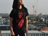 Red Hand Damim Logo T-shirt photo