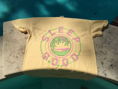 2016 Summer Beach Tee / Free Koozie main photo