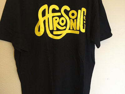 Black T, Yellow logo main photo