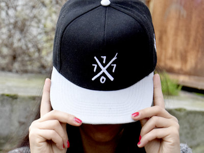 Jonny S x XV Miles Snapback Cap main photo
