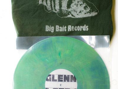 Colored Sands - Big Bass Edition w. Unique T-Shirt main photo
