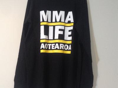 Lifestyle Aotearoa sweat main photo