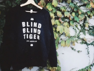 Blind Blind Tiger Crew Sweater BLACK main photo