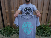 Lion T-shirt photo