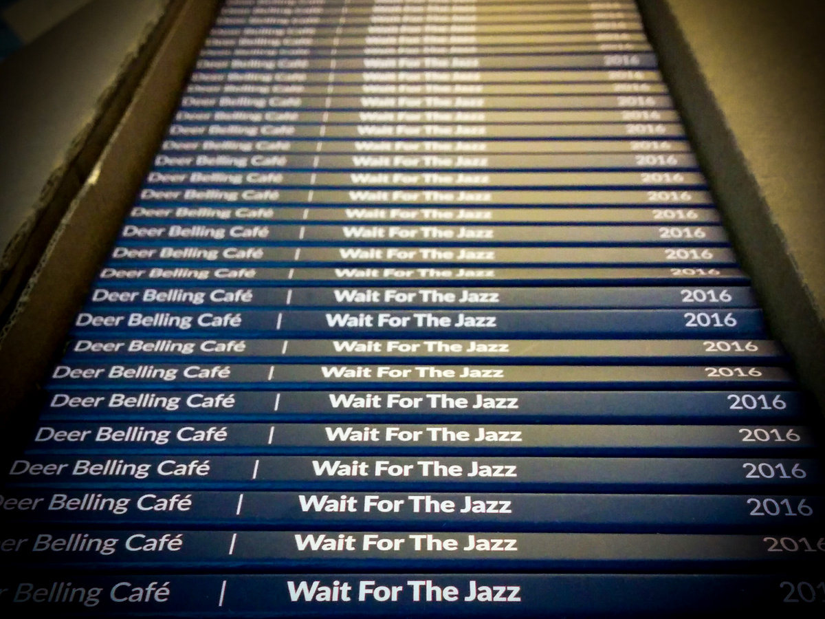 wait for the jazz deer belling café