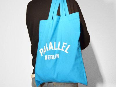Berlin Tote Bag _ Sky Blue main photo