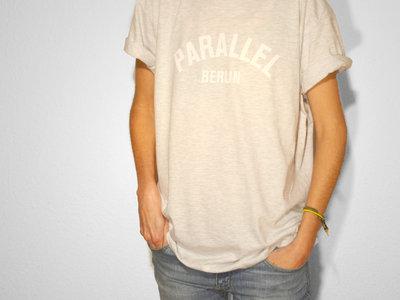 T-Shirt _ Ash (unisex) main photo