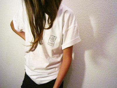 T-Shirt _ Small Logo _ White (unisex) main photo