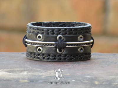 Custom AA Leather Bracelet (#CLS1610) w/ FREE Album Bundle main photo