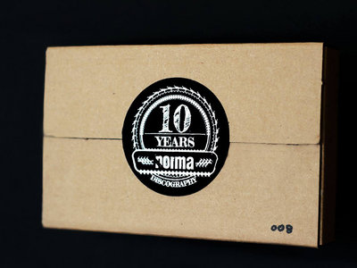LImited Edition 10 Years Anniversary Package main photo