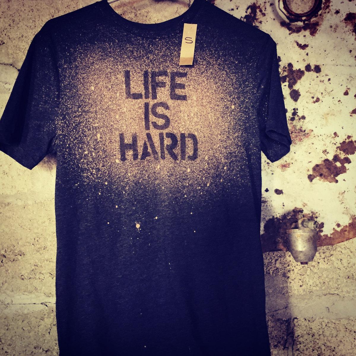 T-Shirts | Darrin Bradbury