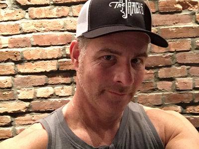 Classic snapback trucker hats!! main photo
