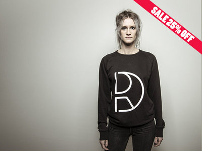 Dynamic Reflection crew neck main photo
