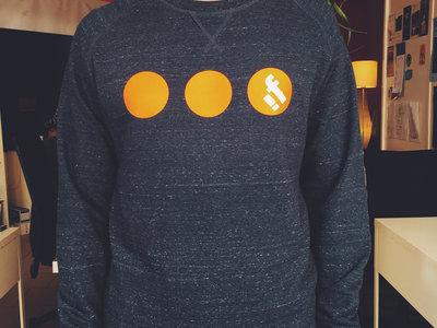 InFiné Sweater main photo
