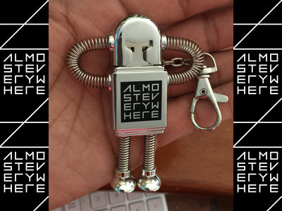 Almost Everywhere Robot USB Flash Drive main photo