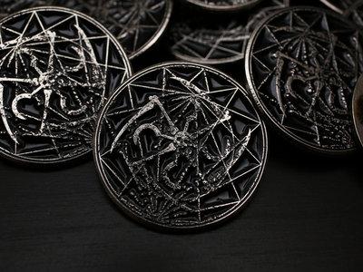 Korona metal pin main photo