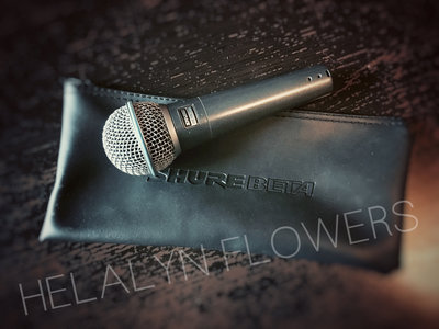 Noemi Aurora's signed microphone + Your name on HF new album main photo