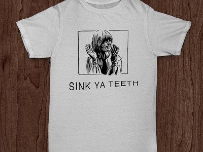 Sink Ya Teeth 'Clap' T-Shirt - WHITE main photo