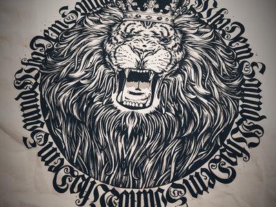 WhoDemSound WHITE LION CROWN TEE main photo