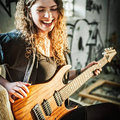 Nina Shreds image