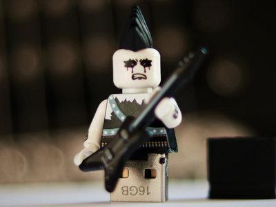 "LEGO USB Minifigure ""Ben Blutzukker"" (All Music + Bonus Content) main photo"