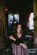 Lizzie O'Keefe image