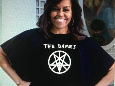'Peacetagram' Ladies T-shirt main photo