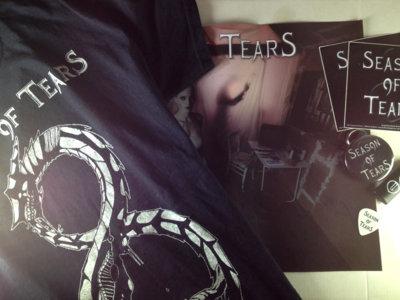 T-shirt 'Ouroboros' + Merch Pack main photo