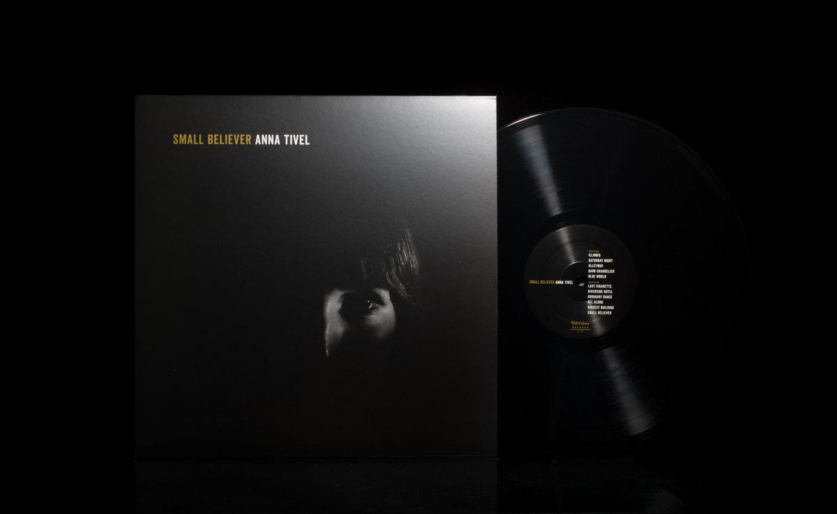Dark Chandelier | Anna Tivel