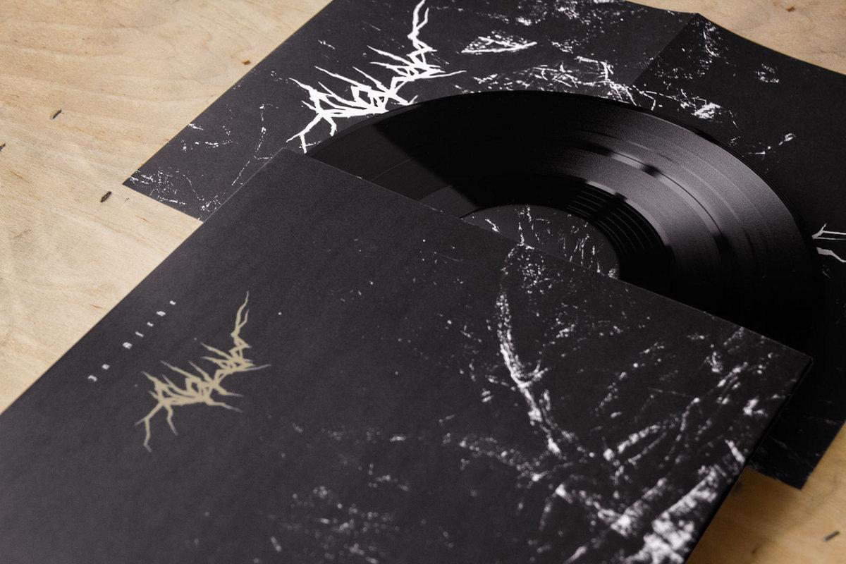 Asche in Vinyl