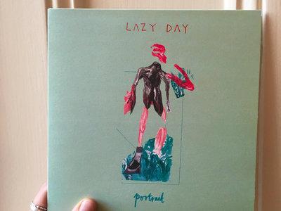 "7"" vinyl - 'Portrait' split single main photo"