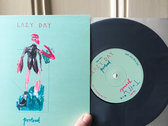 "7"" vinyl - 'Portrait' split single photo"